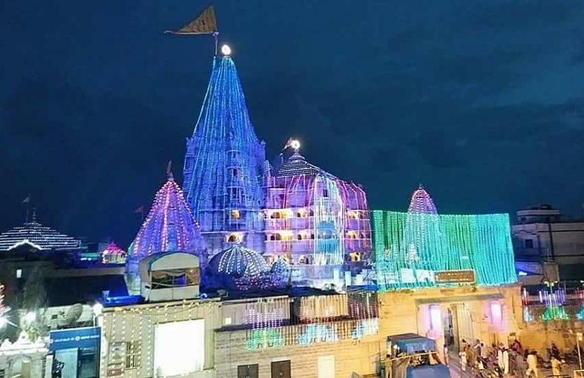 Dwarkadheesh Temple, Dwarka, Gujarat