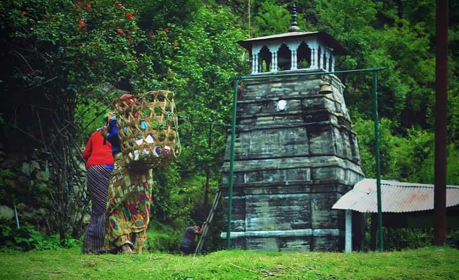 Omkar Ratneshwar Mahadev Naga Temple