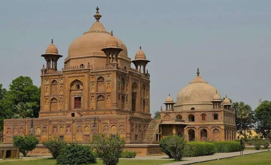 Khusro Bagh, Allahabad