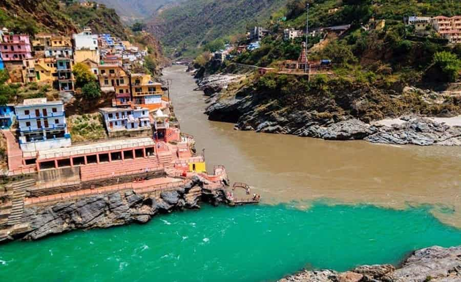 Devprayag - Confluence of rivers Bhagirathi and Alaknanda